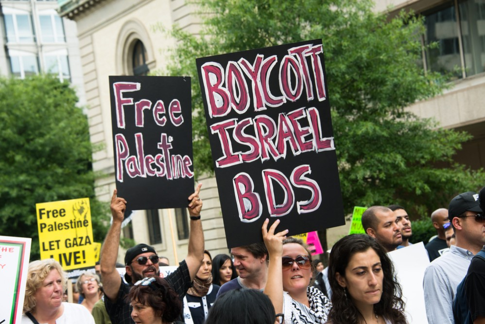 Israeli Criticism of Zionism and of Israel's Treatment of the Palestinians: The Academics and Activists